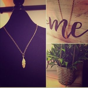 Jewelry - Hand made leaf necklace - gold plated